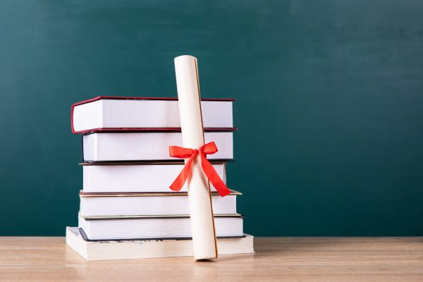 【学员分享】如何选择正规的自考教育机构?